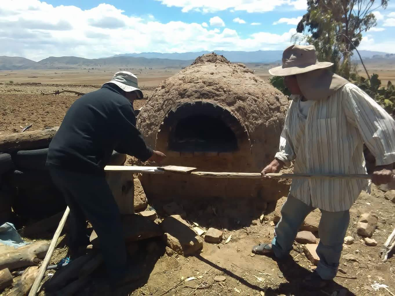 CLAY OVEN COOKING CLASSES SUCRE BOLIVIA